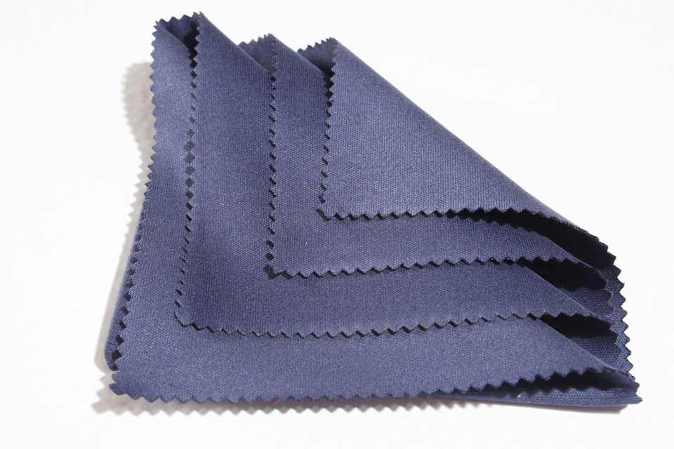 Cloth for Unresponsive iPhone Screen