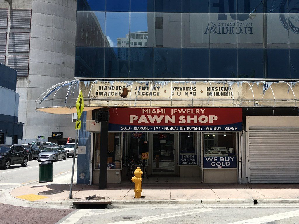 Sell Your iPhone at a Pawn Shop