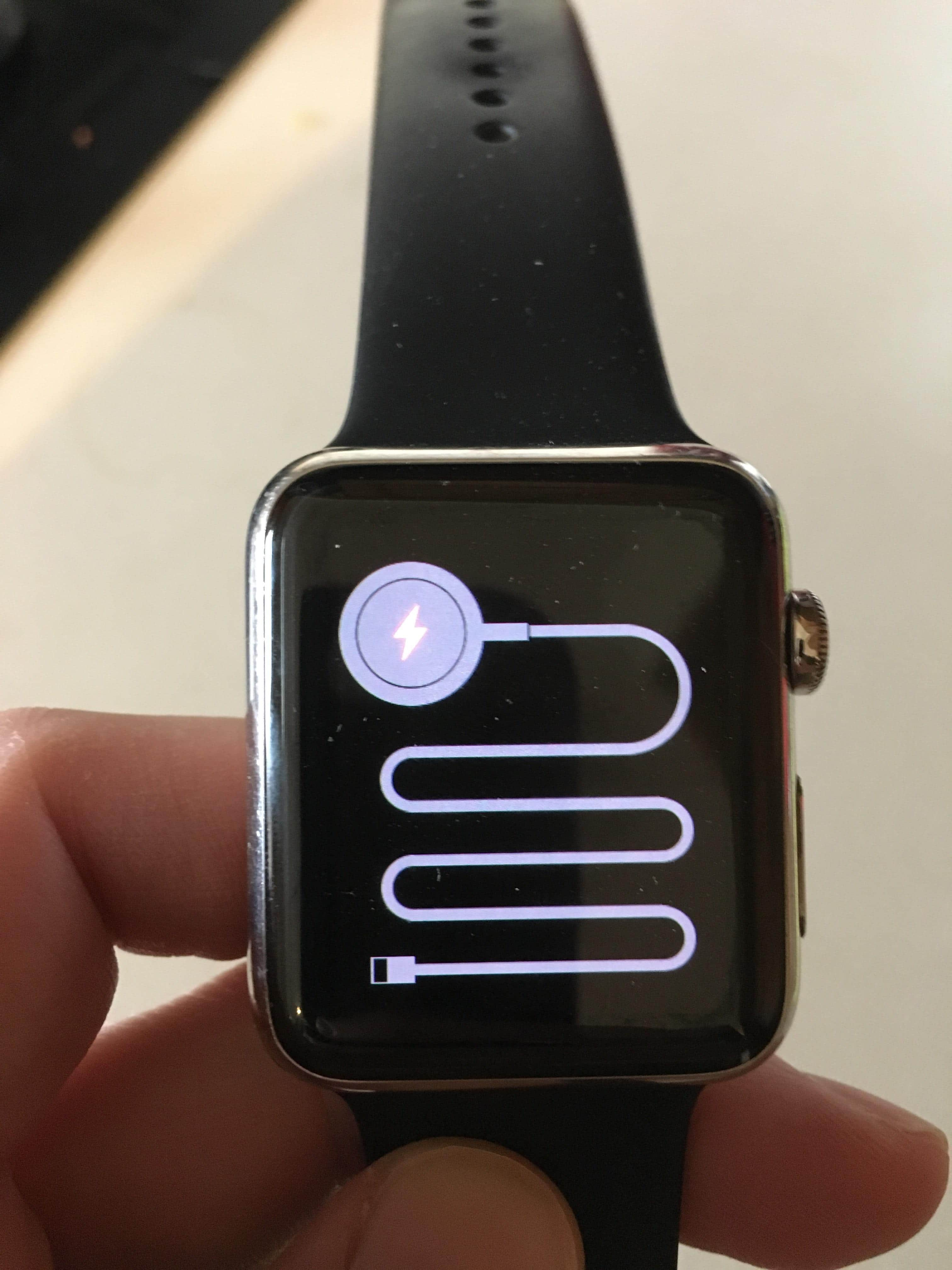 Apple Watch Won't Charge - Here's The Real Fix For This Issue!