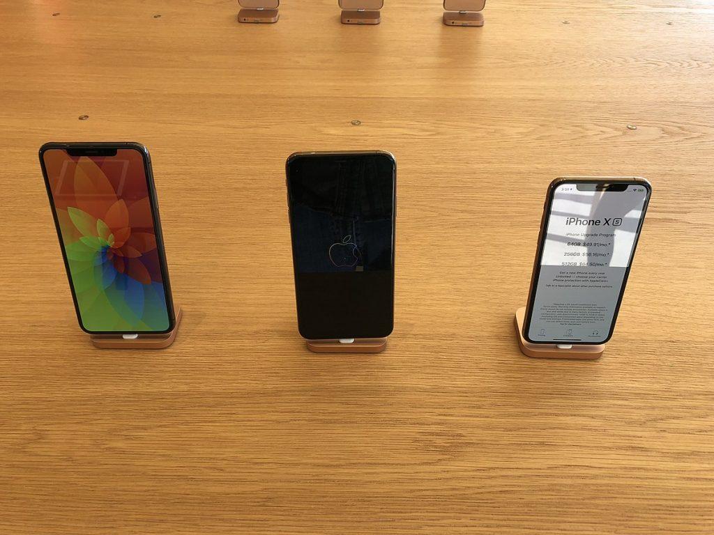 Choosing an iPhone