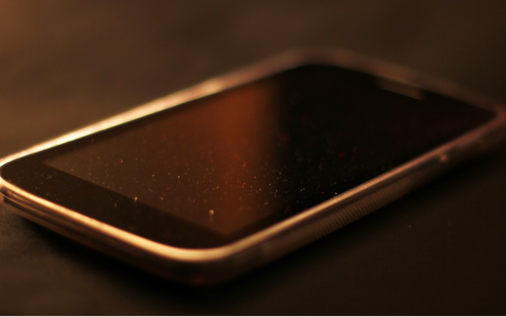 iPhone screen damage