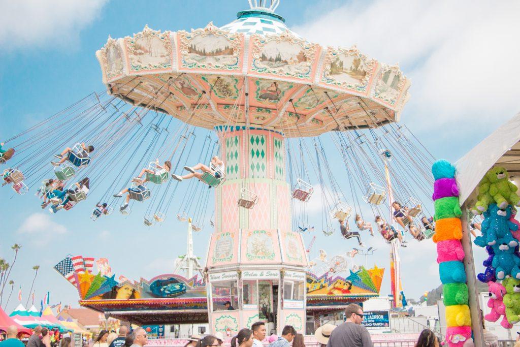 Send Location on iPhone in Amusement Park