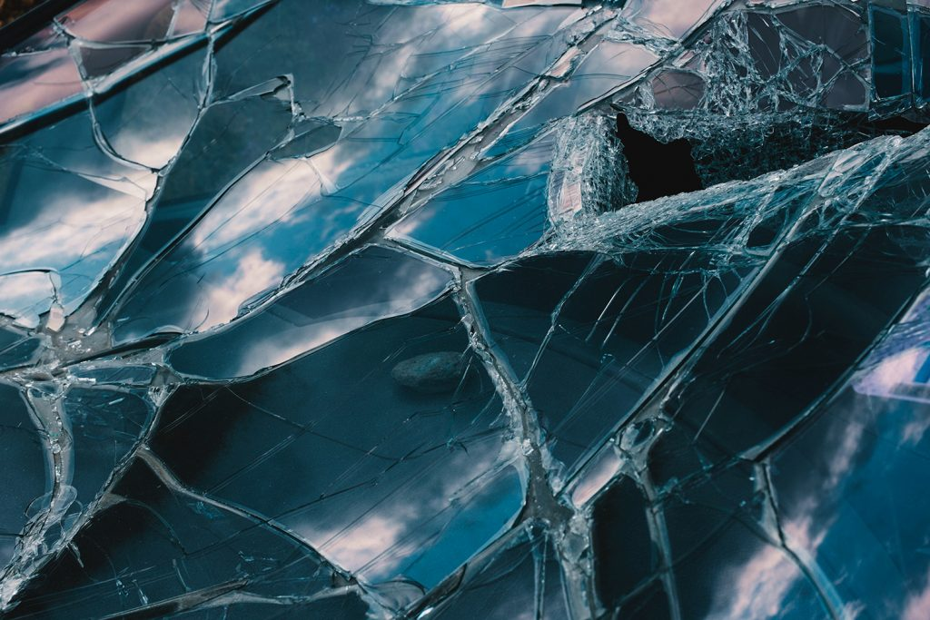 Iphone types of cracks