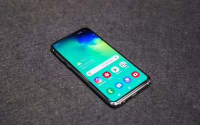 Samsung Galaxy S10 vs. iPhone XR