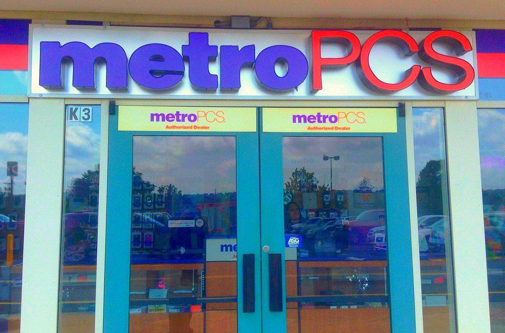 Does MetroPCS Have iPhones