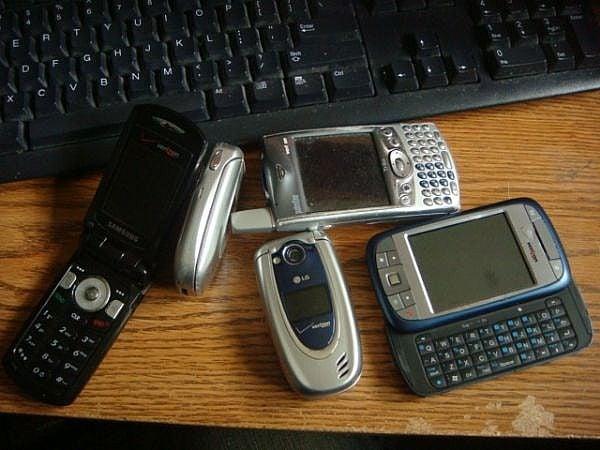 Old Verizon phones
