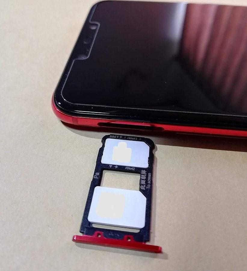 Dual Sim iPhone Slot